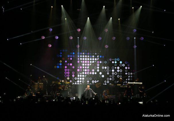 Tarkan New York Konseri (8)